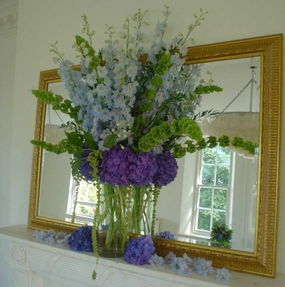 stem_flowers_beauberry_house_fireplace