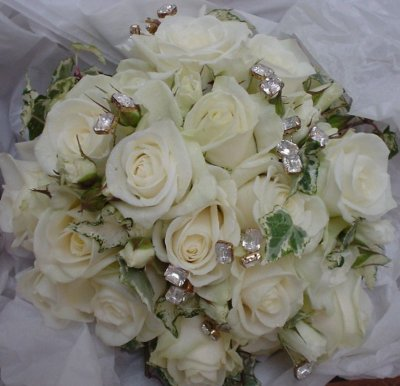 stem_flowers_jewelled_bouquet